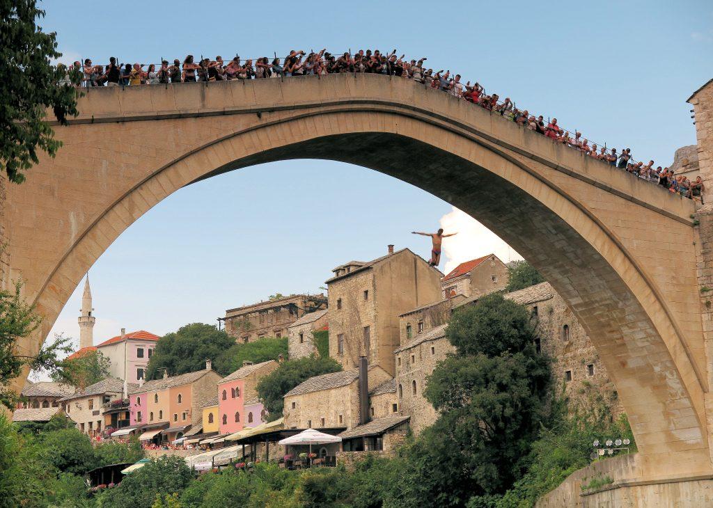 Stari Most divers Mostar
