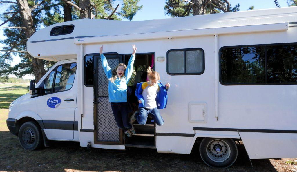 happy campers in New Zealand campervan
