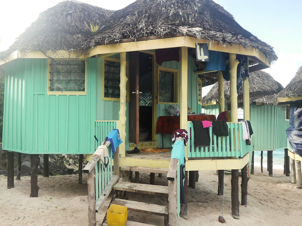beach hut, Samoa with kids