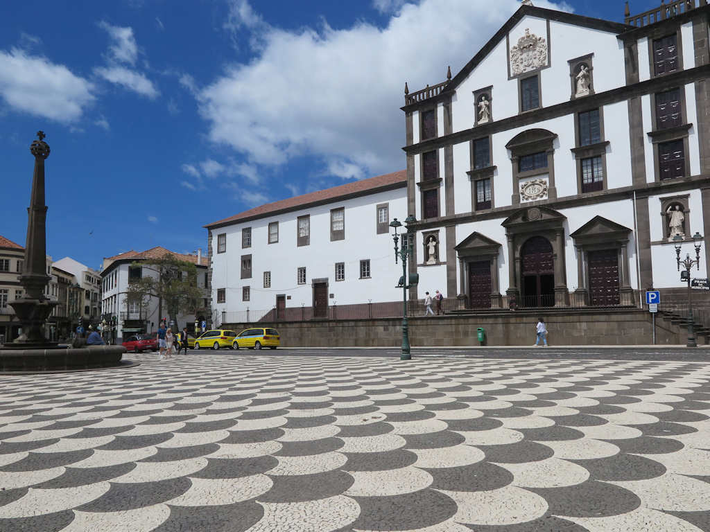 black and white mosaic pavement in funchal maderia